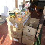 有限会社フィールドストーン様から、果物缶詰40缶と乾麺の寄付を(2016/10/31)。
