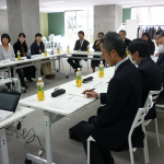 首都大学東京の小田川華子先生をお招きして、「子どもの貧困にどう立ち向かうのか?」をテーマとした勉強会をPlanTで開催。(2016/12/9)